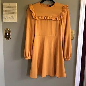 ZARA woman XS yellow dress, long sleeves